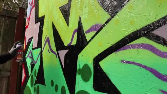 آموزش و بررسی نکات تاثیرگذار در نقاشی گرافیتی حرفهای روی دیوار