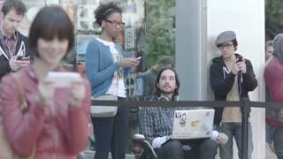 سامسونگ و تبلیغاتی که اپل را به تمسخر گرفتند
