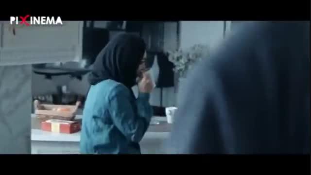 فیلم هزاتو ، سکانس دادن خبر گم شدن بچه به نگار (ساره بیات)